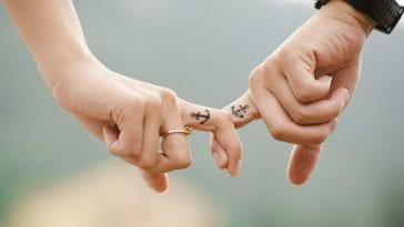 11 Bible Verses About Love